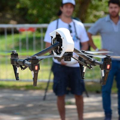 caedya drone volando