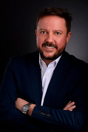 Alexei-Troyano-Costa,-líder-del-Clúster-Platino-de-Philips-para-Argentina,-Bolivia,-Paraguay-y-Uruguay